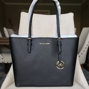 NWT Michael Kors MD Carryall Tote Bag Black purse